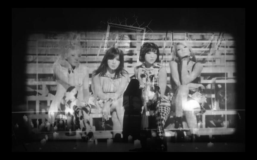 Goodbye, 2NE1 e aausência